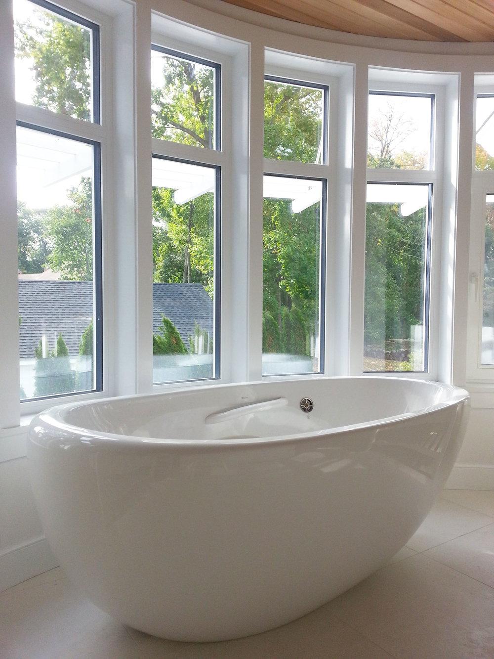 New-Canaan-net-zero-soaking-tub.jpg
