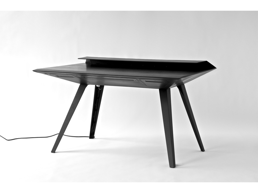 desk117p-2@2x.jpg