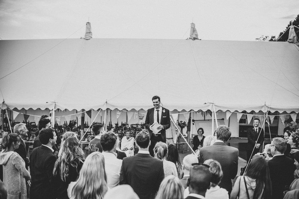 knepp-castle-boho-outdoor-wedding-600.jpg