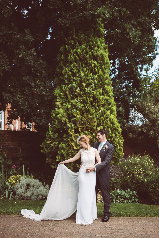 surrey-traditional-country-club-wedding-362.jpg