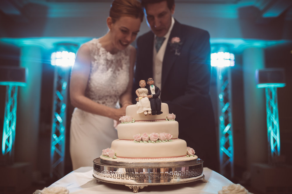 surrey-traditional-country-club-wedding-555.jpg