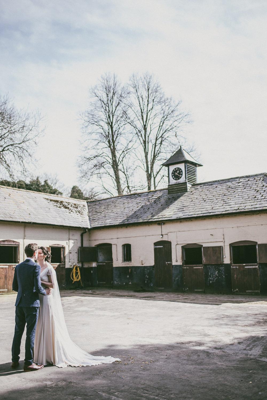 winchester-rustic-barn-wedding-105.jpg