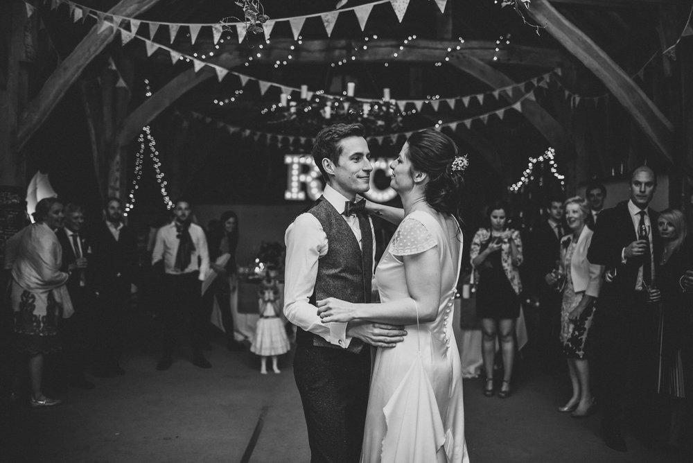 winchester-rustic-barn-wedding-187.jpg