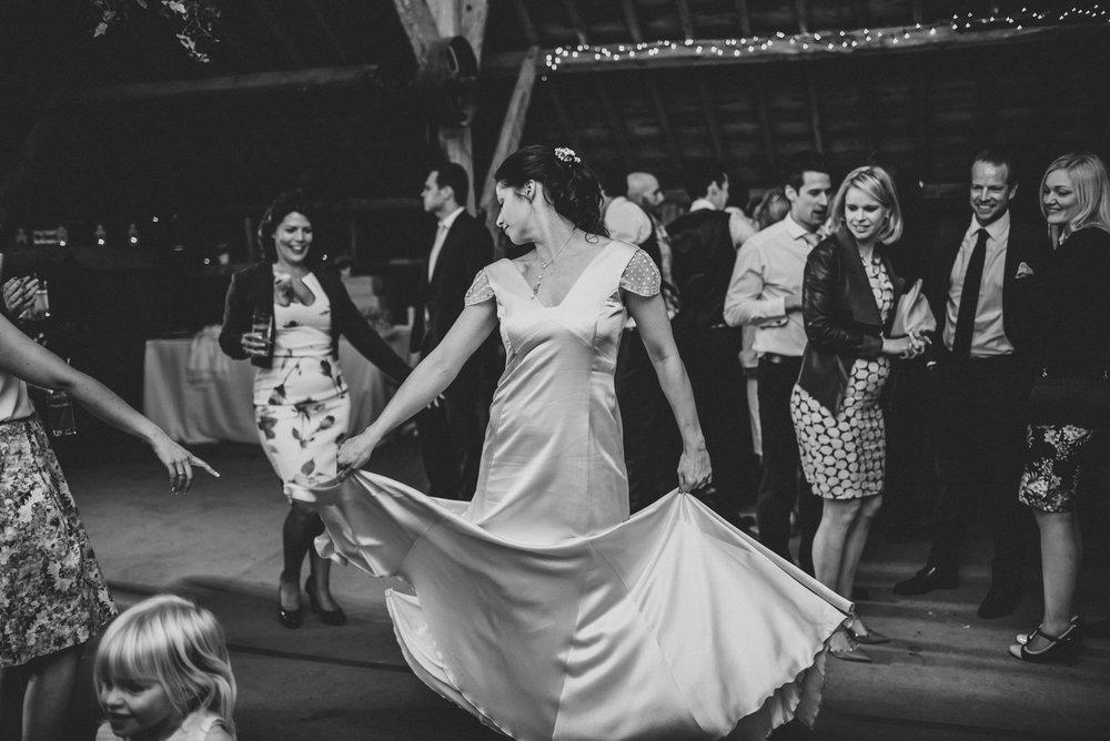 winchester-rustic-barn-wedding-200.jpg