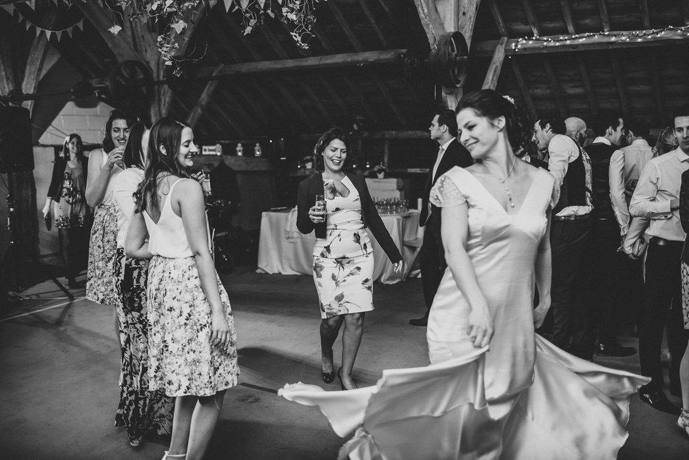 winchester-rustic-barn-wedding-201.jpg
