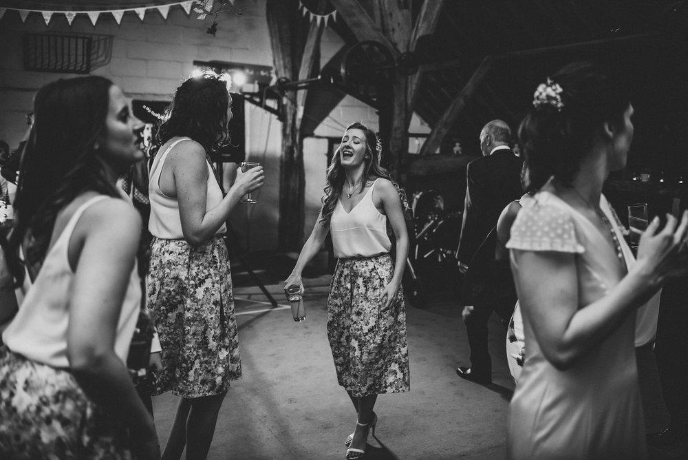 winchester-rustic-barn-wedding-202.jpg