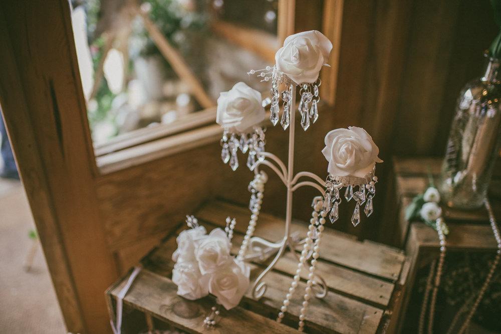 portchester-shabby-chic-traditional-wedding-413.jpg