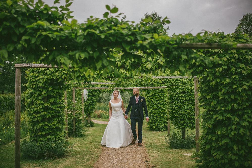 portchester-shabby-chic-traditional-wedding-512.jpg