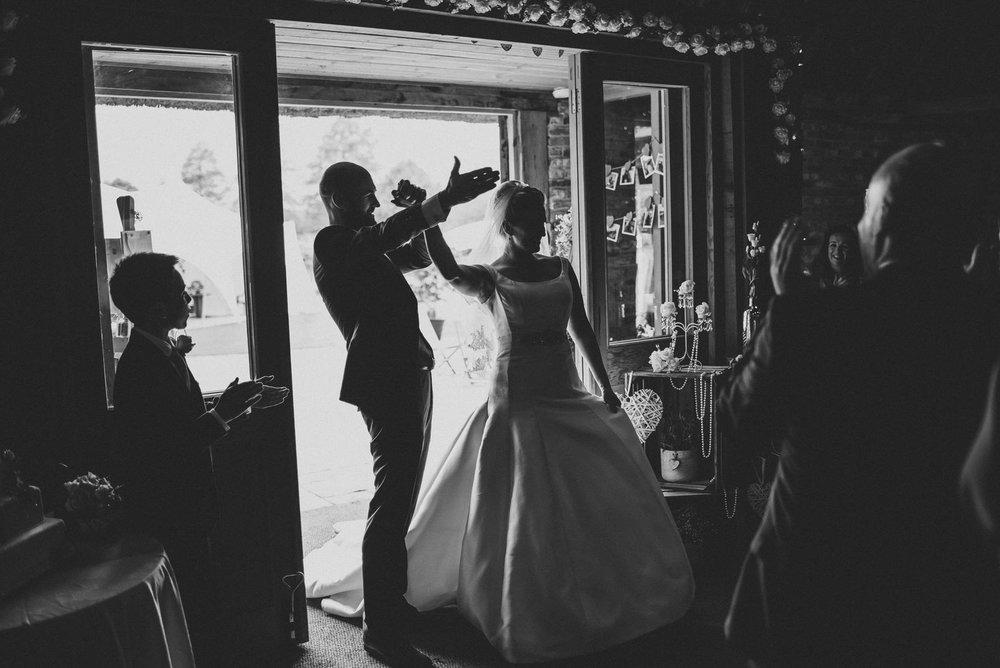 portchester-shabby-chic-traditional-wedding-528.jpg