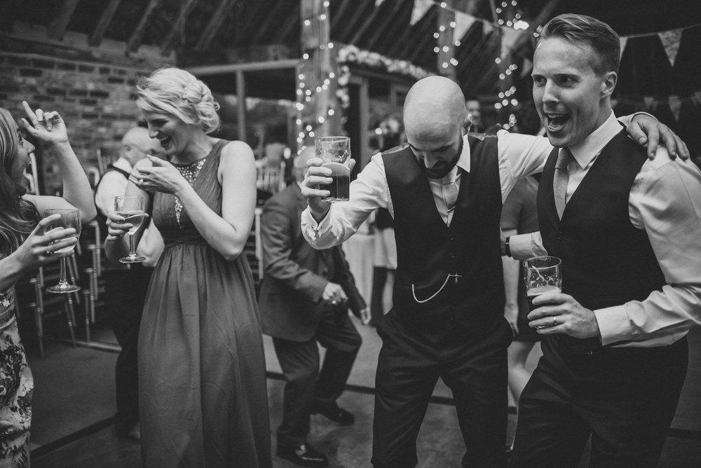 portchester-shabby-chic-traditional-wedding-669.jpg