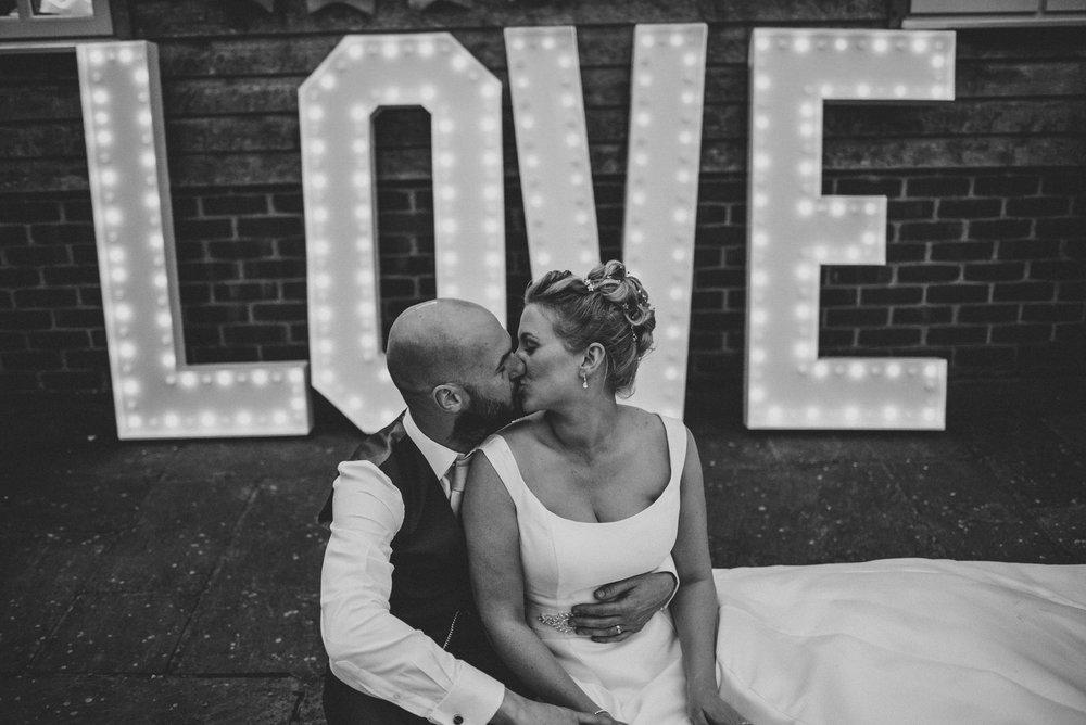 portchester-shabby-chic-traditional-wedding-677.jpg
