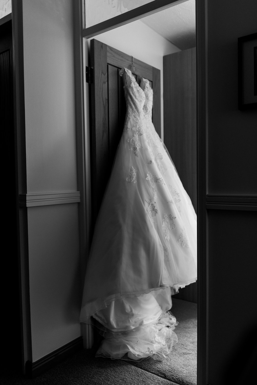 winchester-springtime-town-hall-wedding (19).jpg