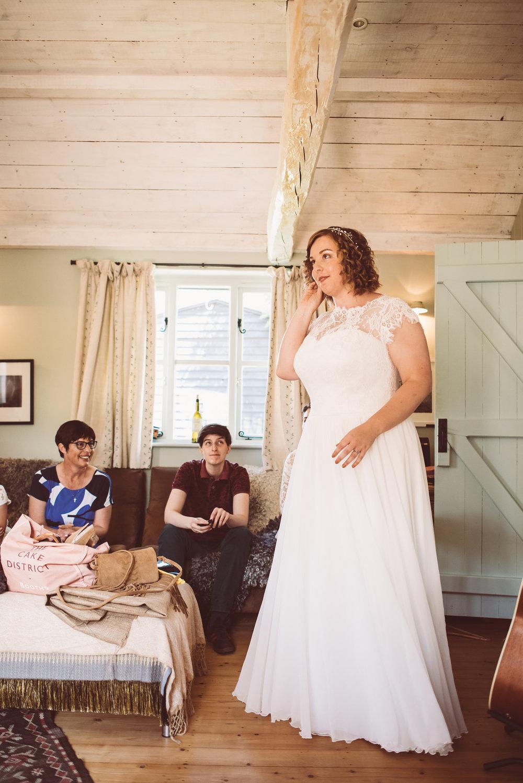 weddings-in-the-wood-rustic-garden-party-wedding-12.jpg