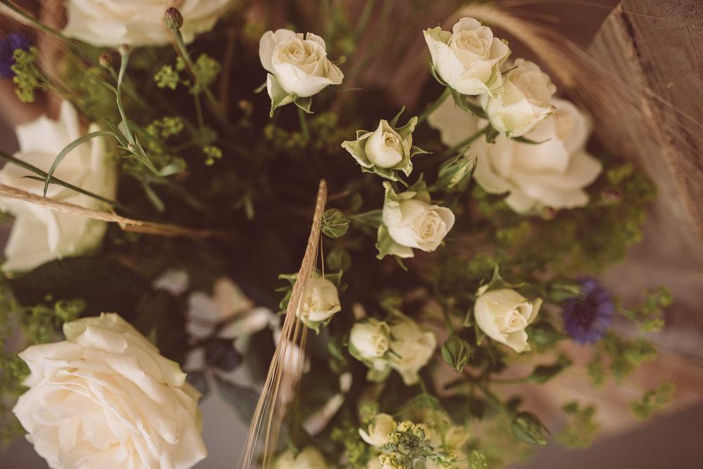 weddings-in-the-wood-rustic-garden-party-wedding-37.jpg