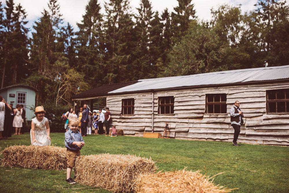 weddings-in-the-wood-rustic-garden-party-wedding-46.jpg