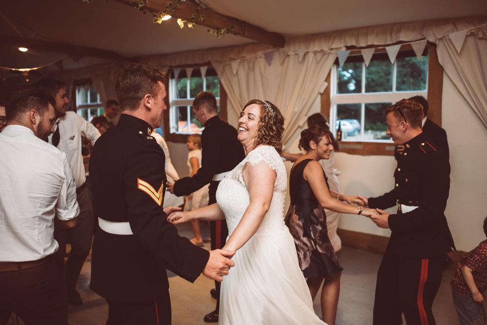 weddings-in-the-wood-rustic-garden-party-wedding-191.jpg