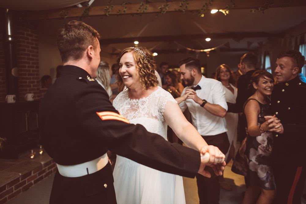 weddings-in-the-wood-rustic-garden-party-wedding-193.jpg