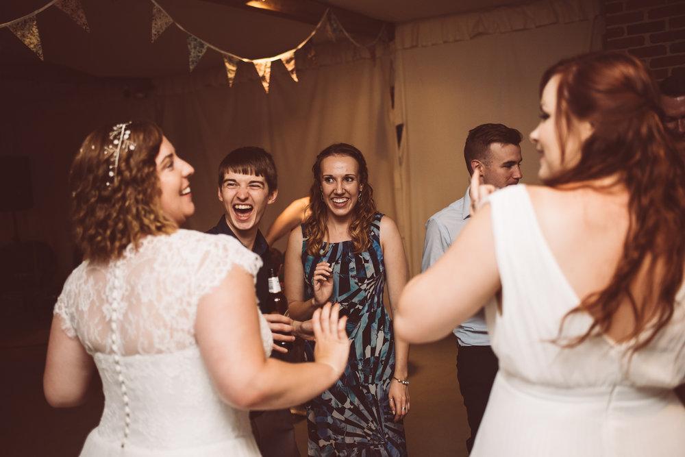 weddings-in-the-wood-rustic-garden-party-wedding-205.jpg