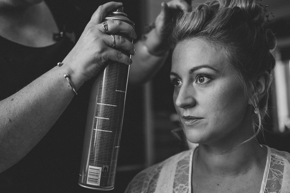 how-do-you-photograph-the-bridal-preparations-hampshire-photography-questions-12.jpg