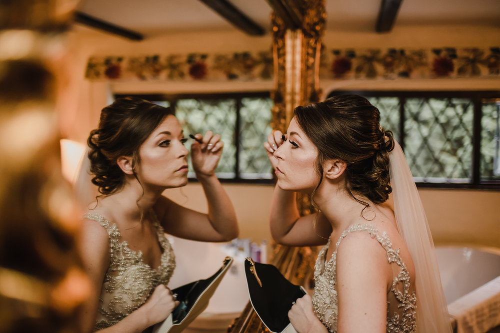 how-do-you-photograph-the-bridal-preparations-hampshire-photography-questions-27.jpg