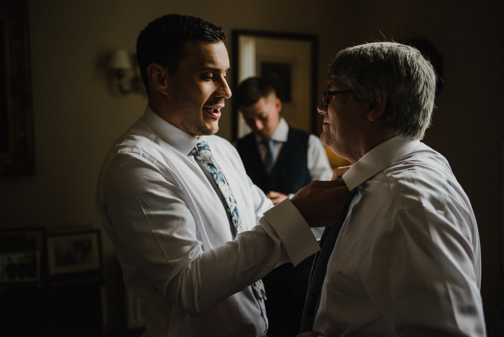 how-do-you-photograph-the-groom-preparations-hampshire-photography-questions-15.jpg