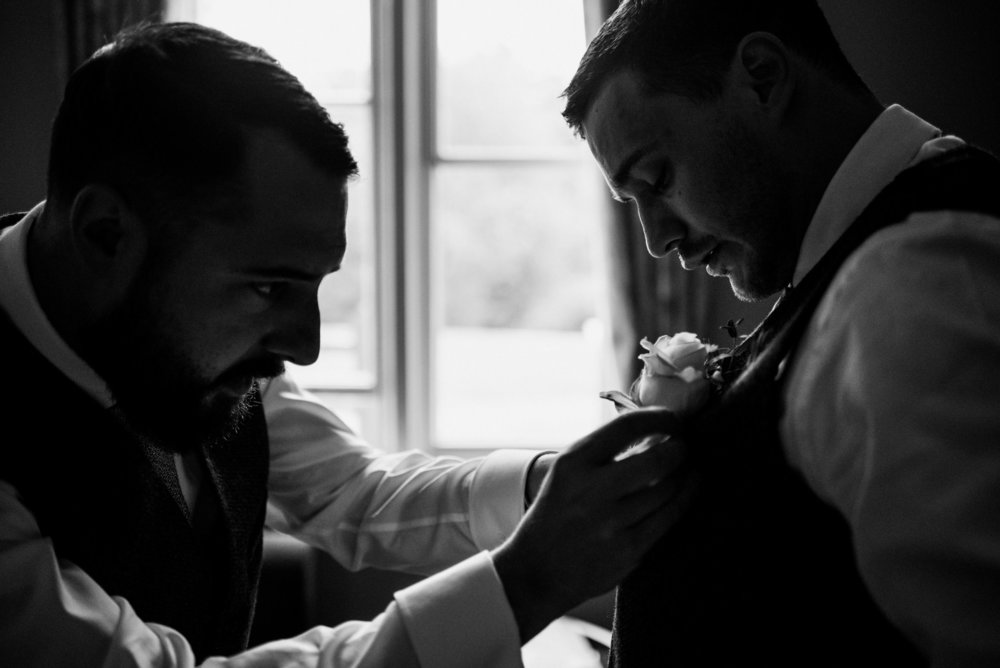 how-do-you-photograph-the-groom-preparations-hampshire-photography-questions-16.jpg