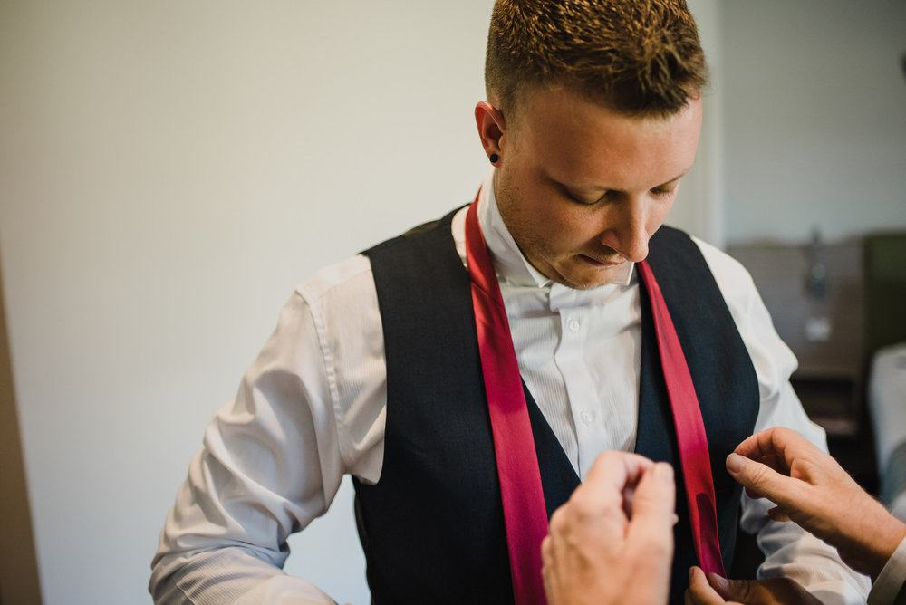 how-do-you-photograph-the-groom-preparations-hampshire-photography-questions-8.jpg