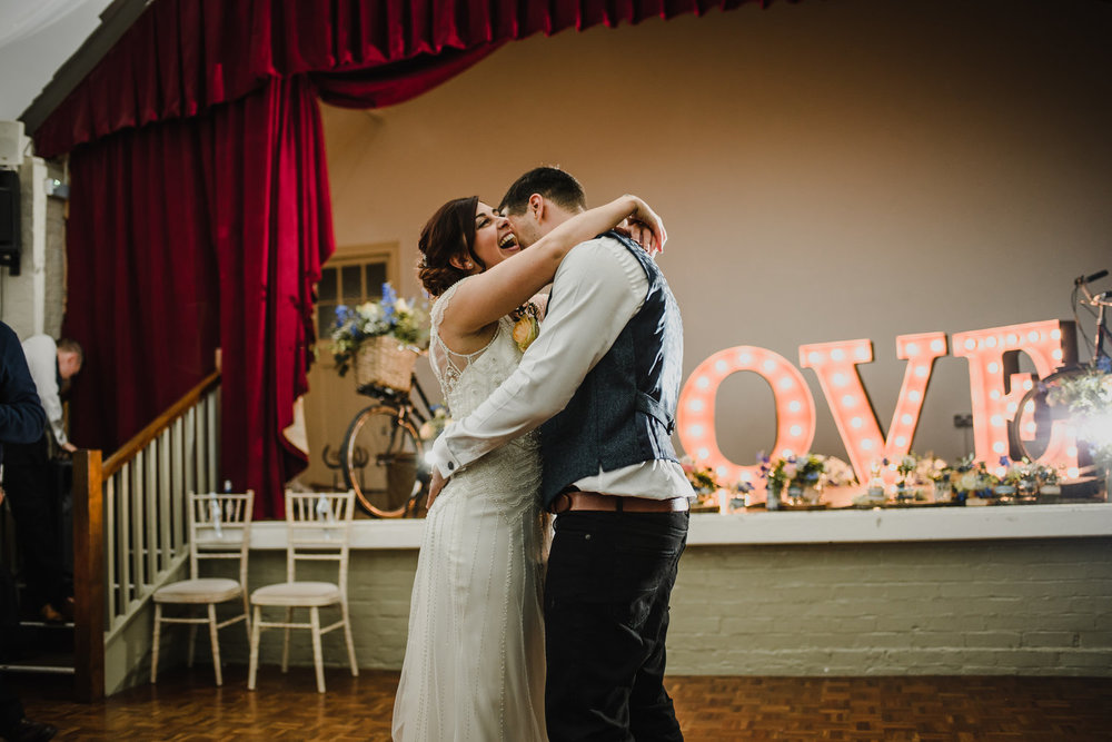 How Do You Photograph The Wedding Reception Wedding Photographer