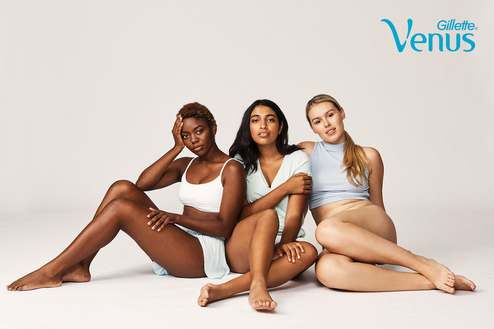 FINAL_Molly_Cranna_Venus_Shot_54_GroupShot_White_337_WEB.jpg