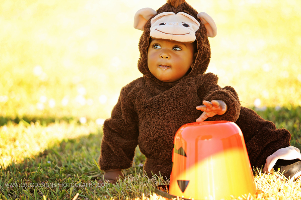 Carter Ramon Cruz Monkey Halloween -4.jpg