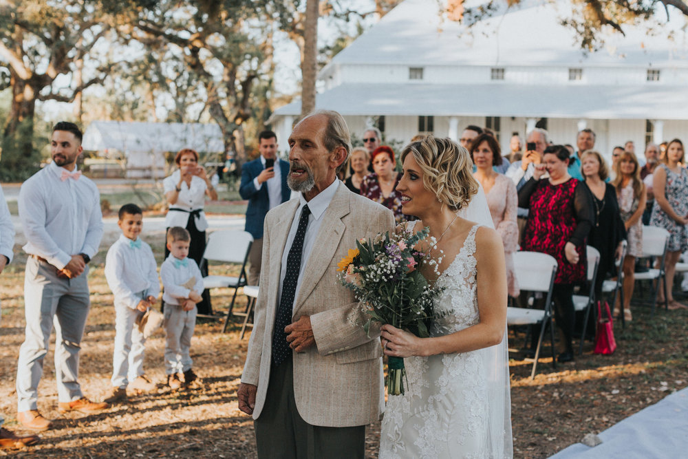 Mr. & Mrs. Joel and Haley Hernandez-203.jpg