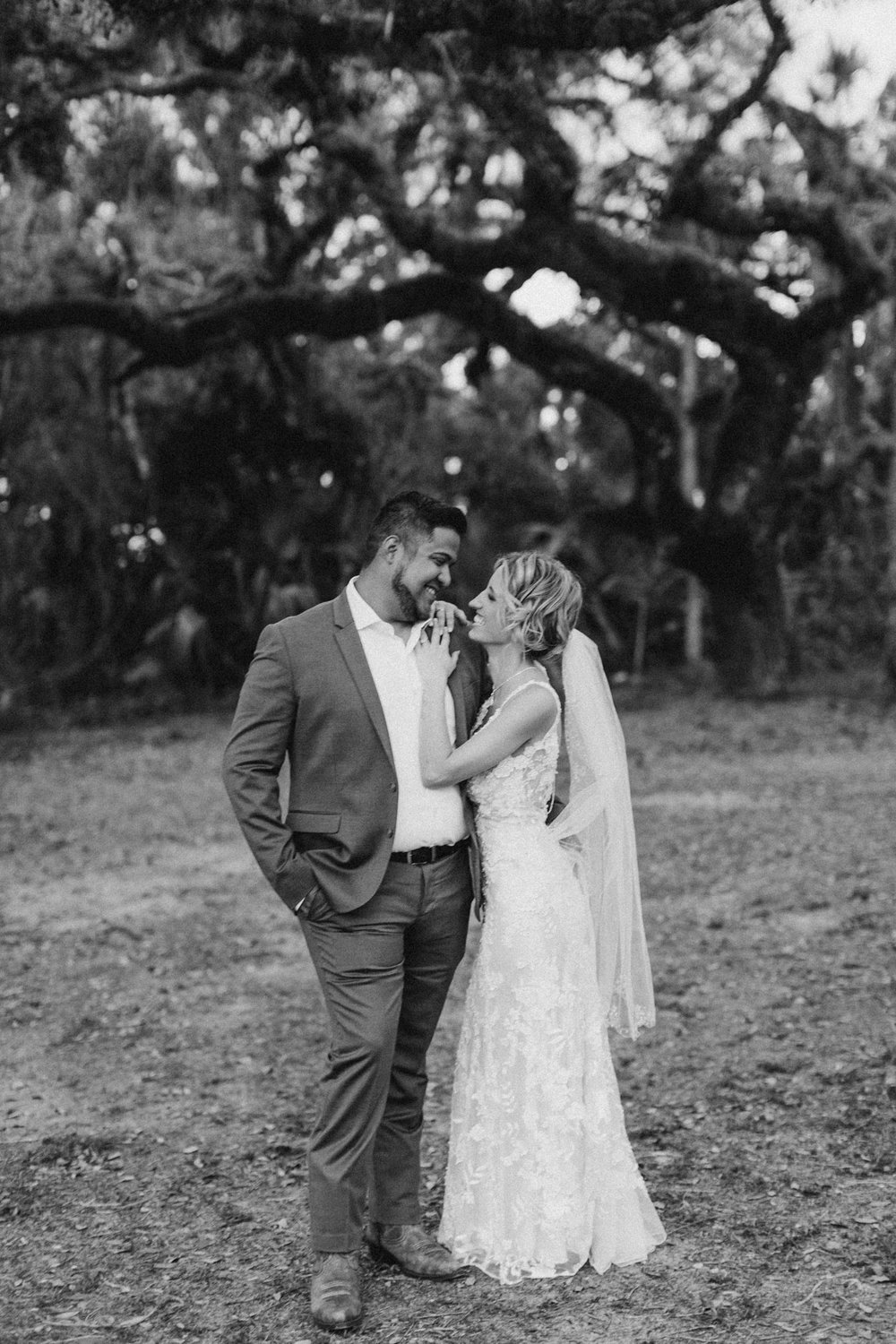 Mr. & Mrs. Joel and Haley Hernandez-593.jpg
