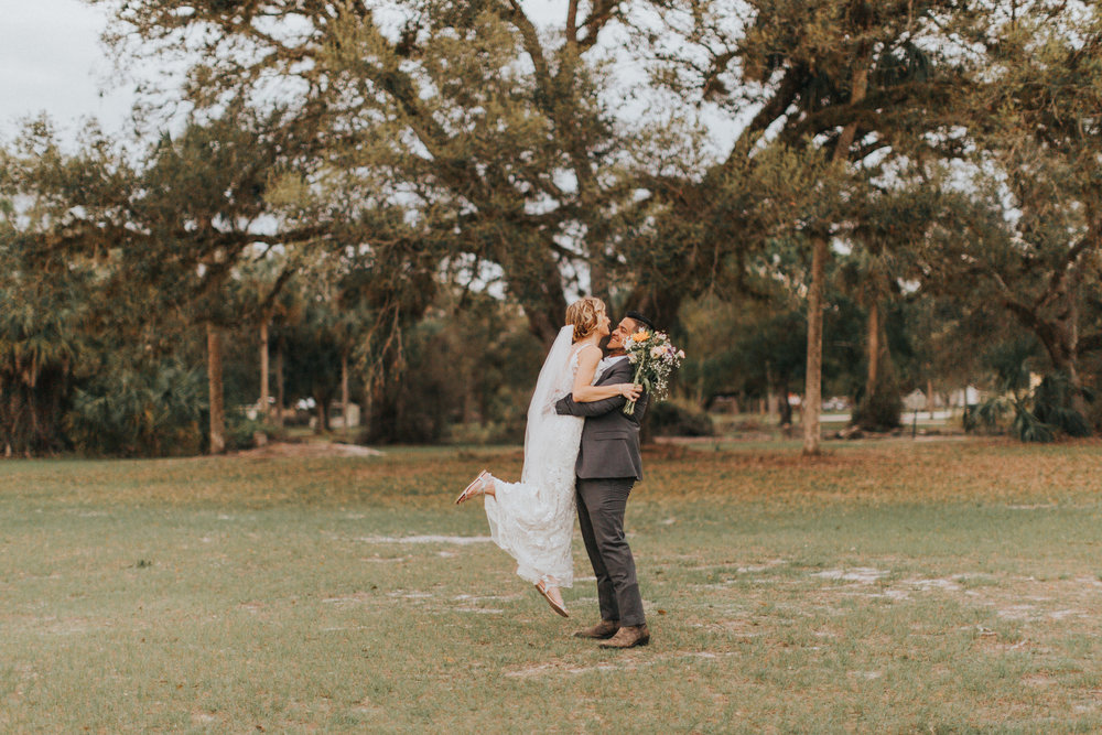 Mr. & Mrs. Joel and Haley Hernandez-675.jpg