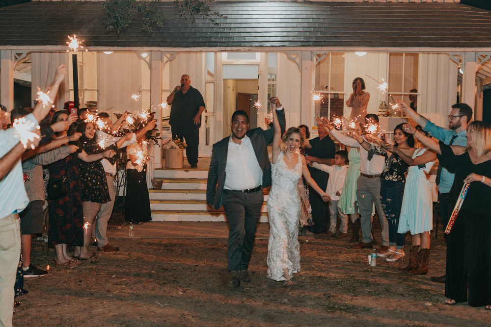 Mr. & Mrs. Joel and Haley Hernandez-1484.jpg