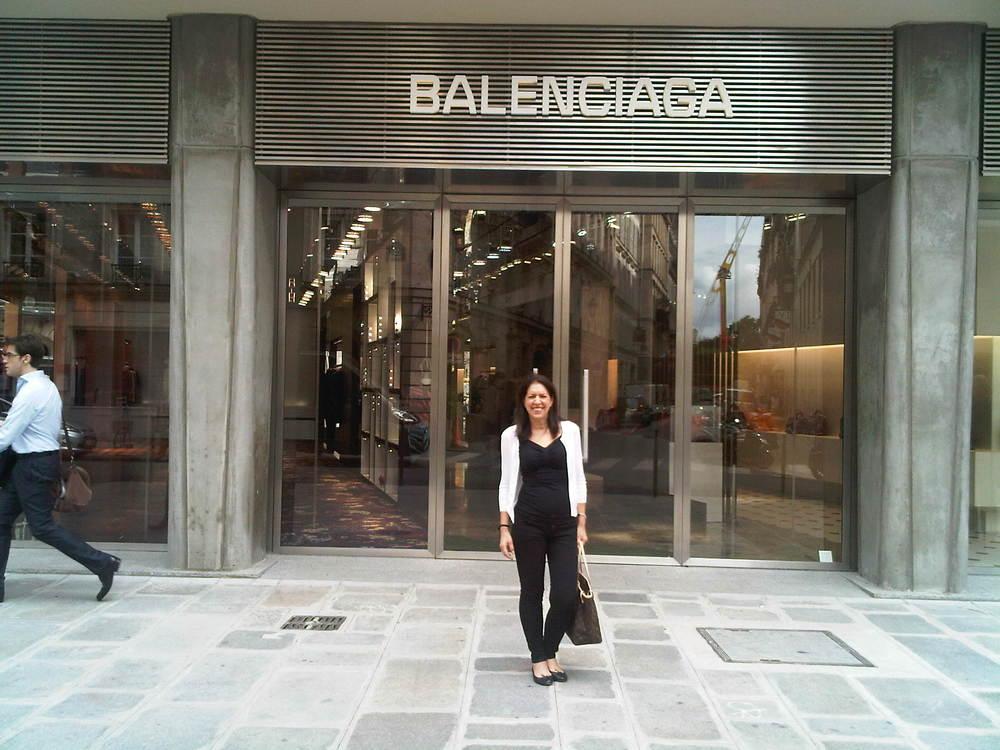 Paris, Balenciaga boutique