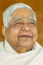 Vipa-Teacher_SN-Goenka.jpg