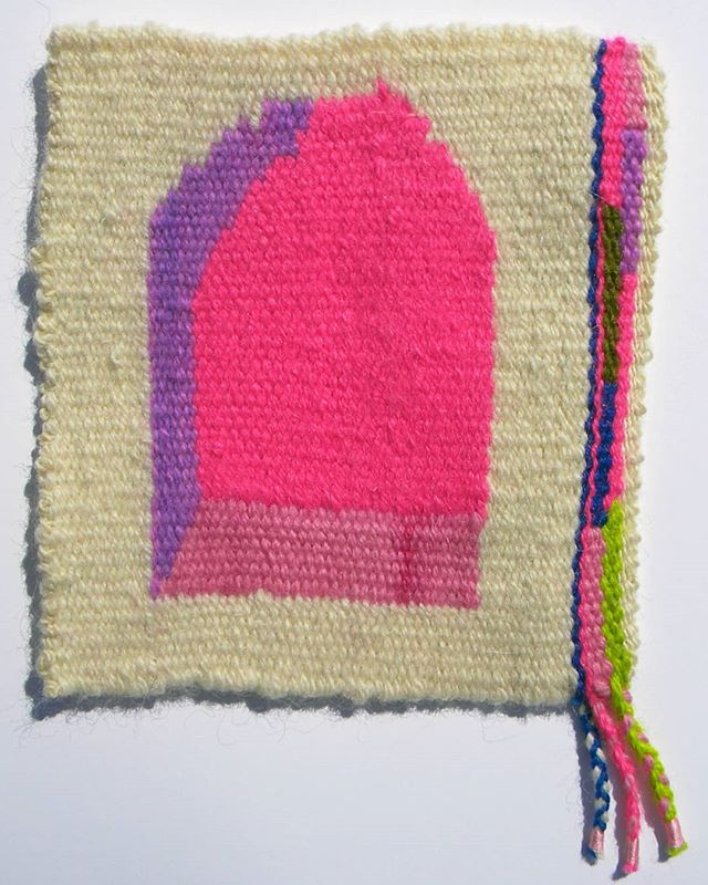 """portal no. 2, hand dyed wool and acrylic, 6"""" x 6"""". the first thing i started to weave in 2018. if you're in reno for #hgaconvergence #convergence check out """"the biggest little tapestries of the world""""  @americantapestryalliance exhibit! and @hashtagbluechains has an amazing piece in, too! @instahga . . #tapestry #handwoven #handwork #magicportal"""