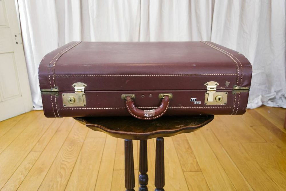 Hank suitcase