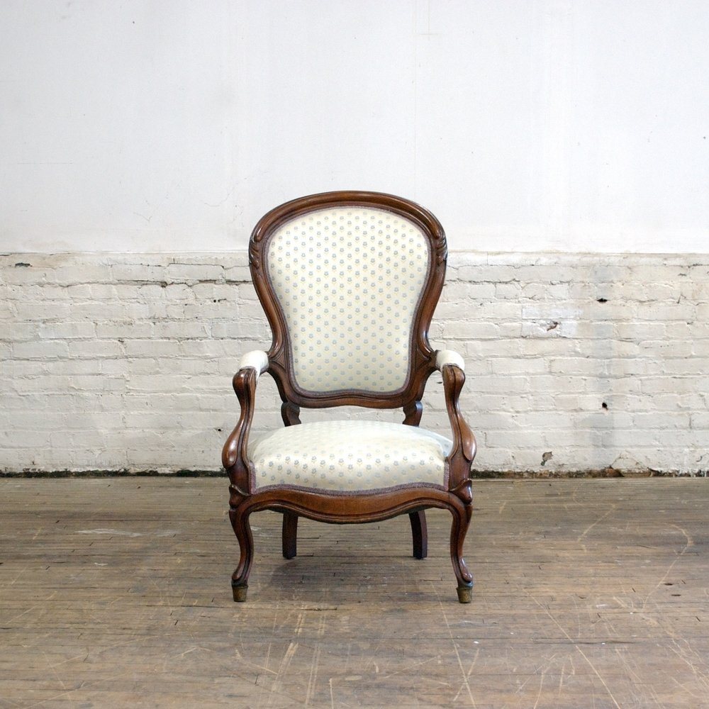 Sandra Chair