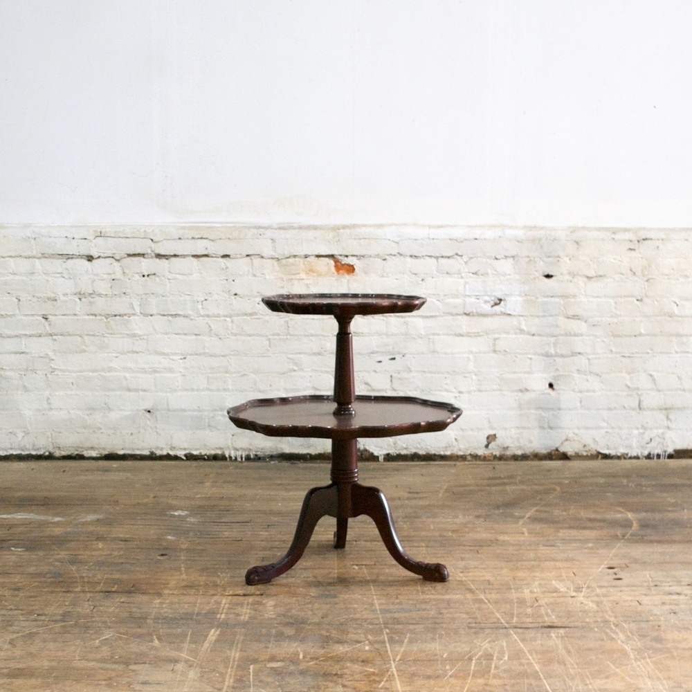 Double Pie Crust Table