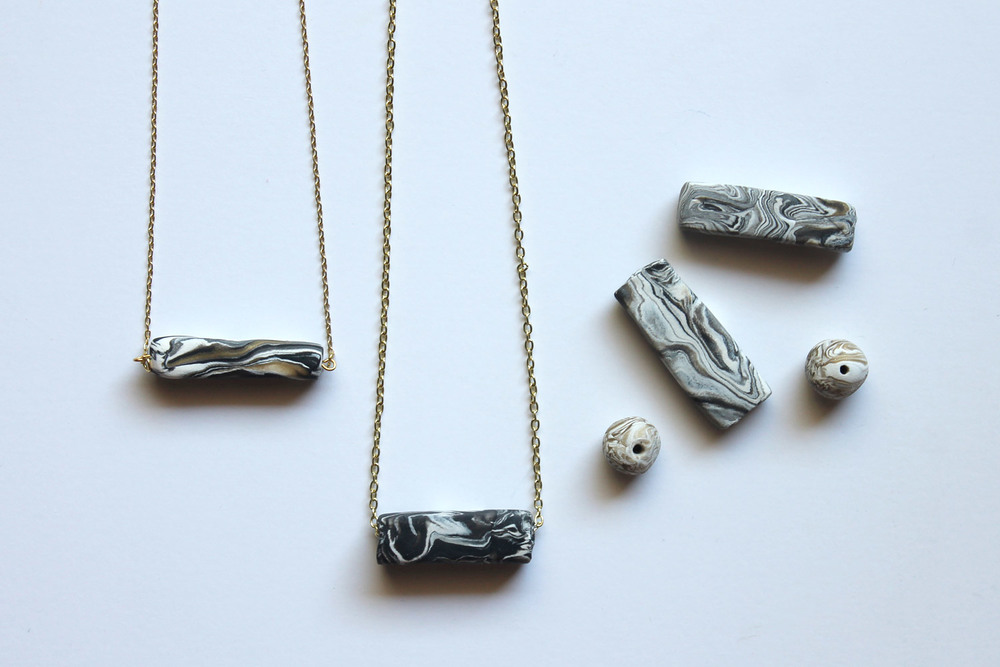 Diy marbled clay necklaces sew diy for How to make marble jewelry