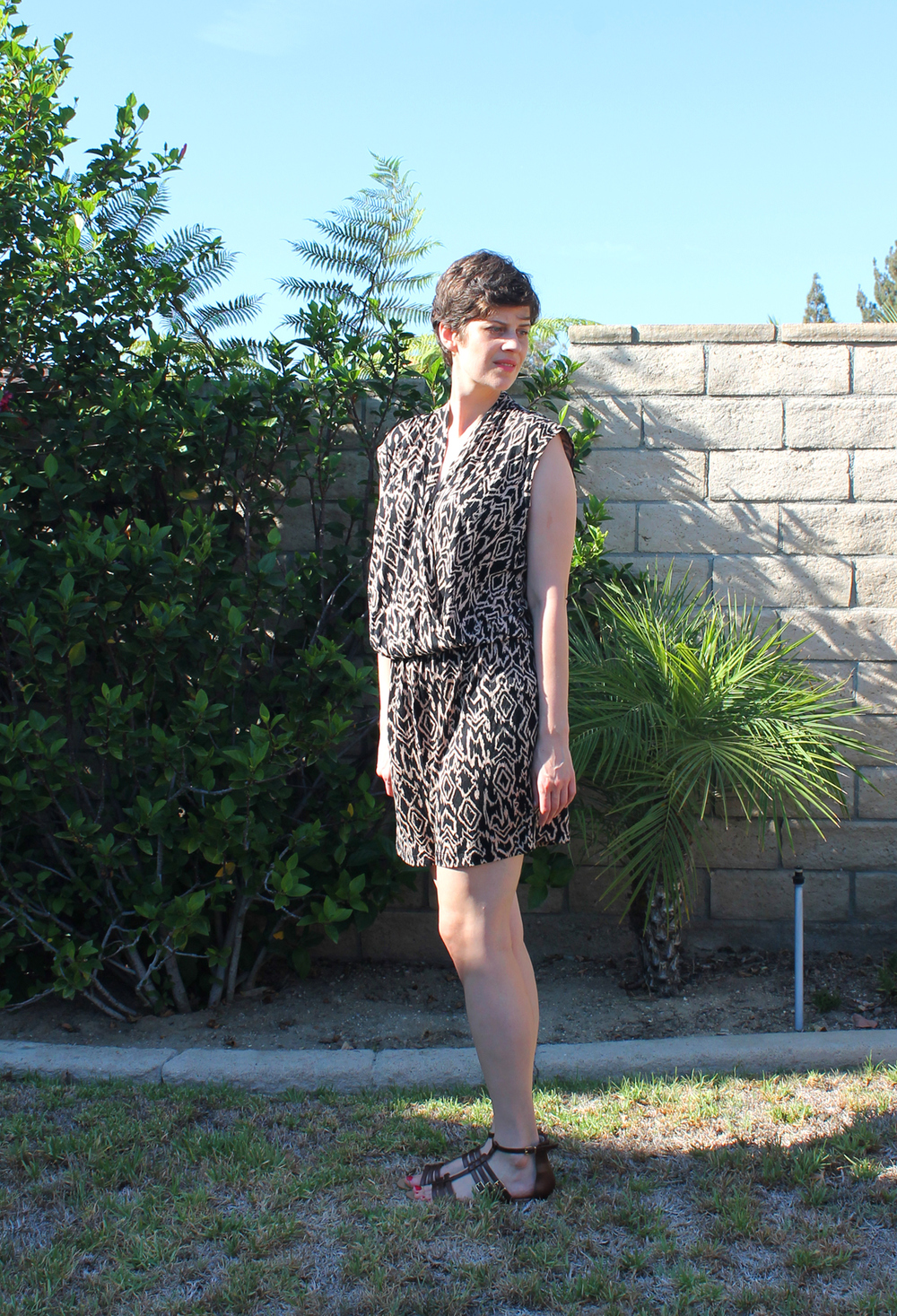 DIY Knit Shorts Jumpsuit, McCall's M7099 | Sew DIY