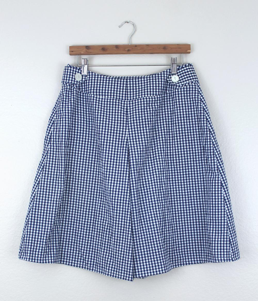 DIY Gingham Emily Culottes Back | Sew DIY