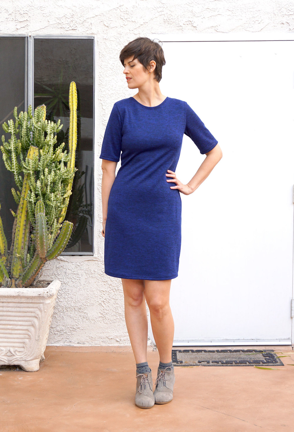 DIY Navy Mesa Dress | Sew DIY