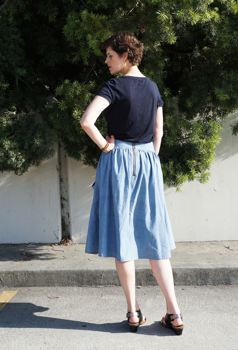 DIY Chambray Brumbry Skirt | Sew DIY