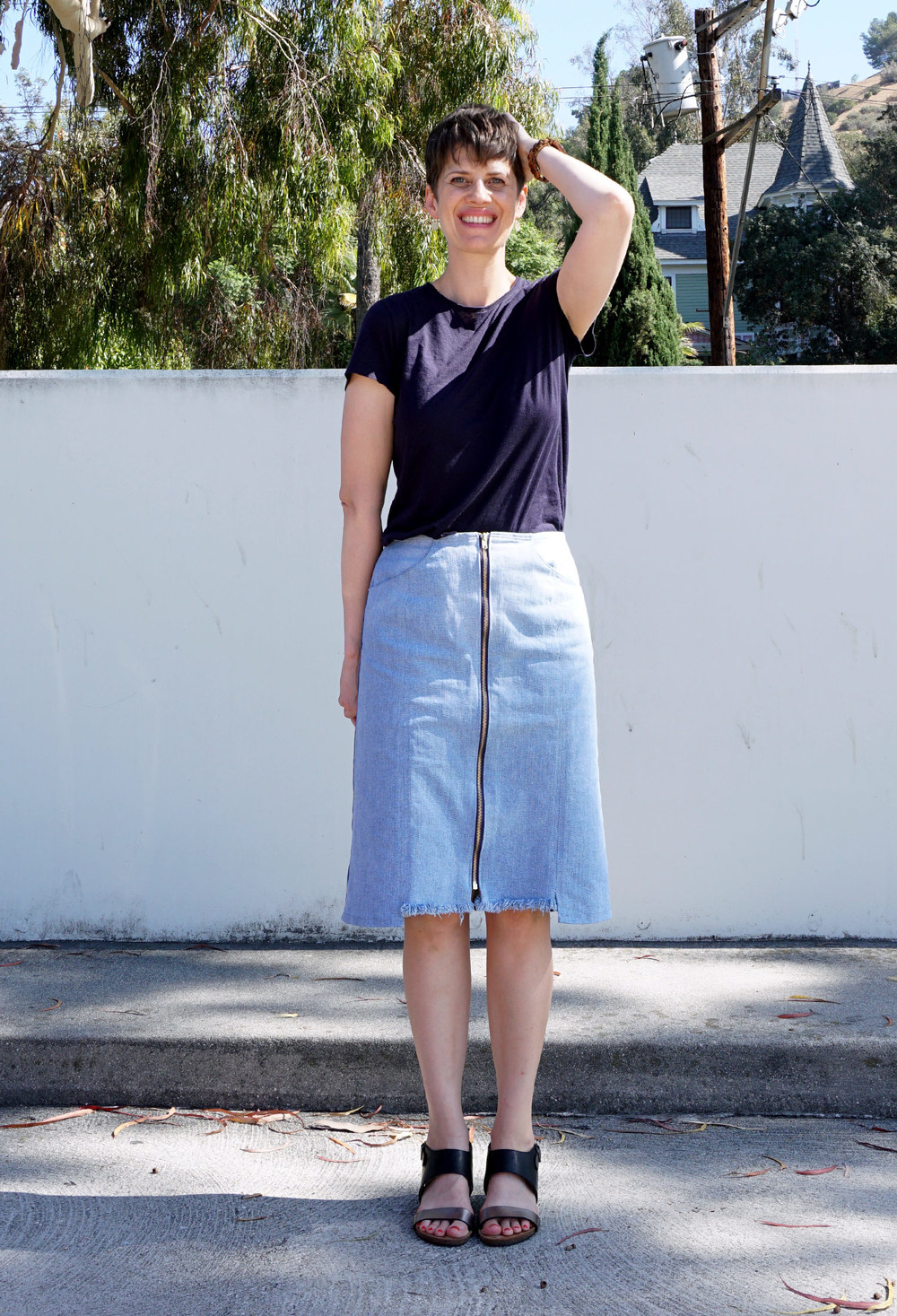 Refashioners 2016 Zip Front Denim Skirt | Sew DIY