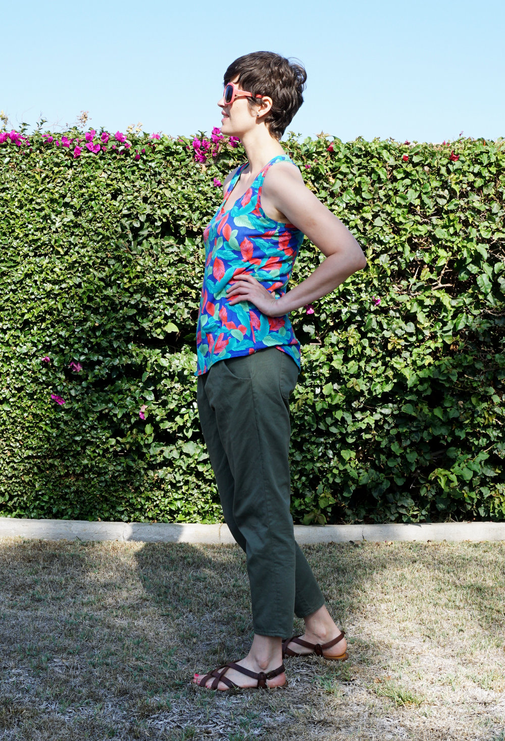 DIY Luau  Racerback Tank – review of the Rumi Tank pattern by Christine Haynes | Sew DIY
