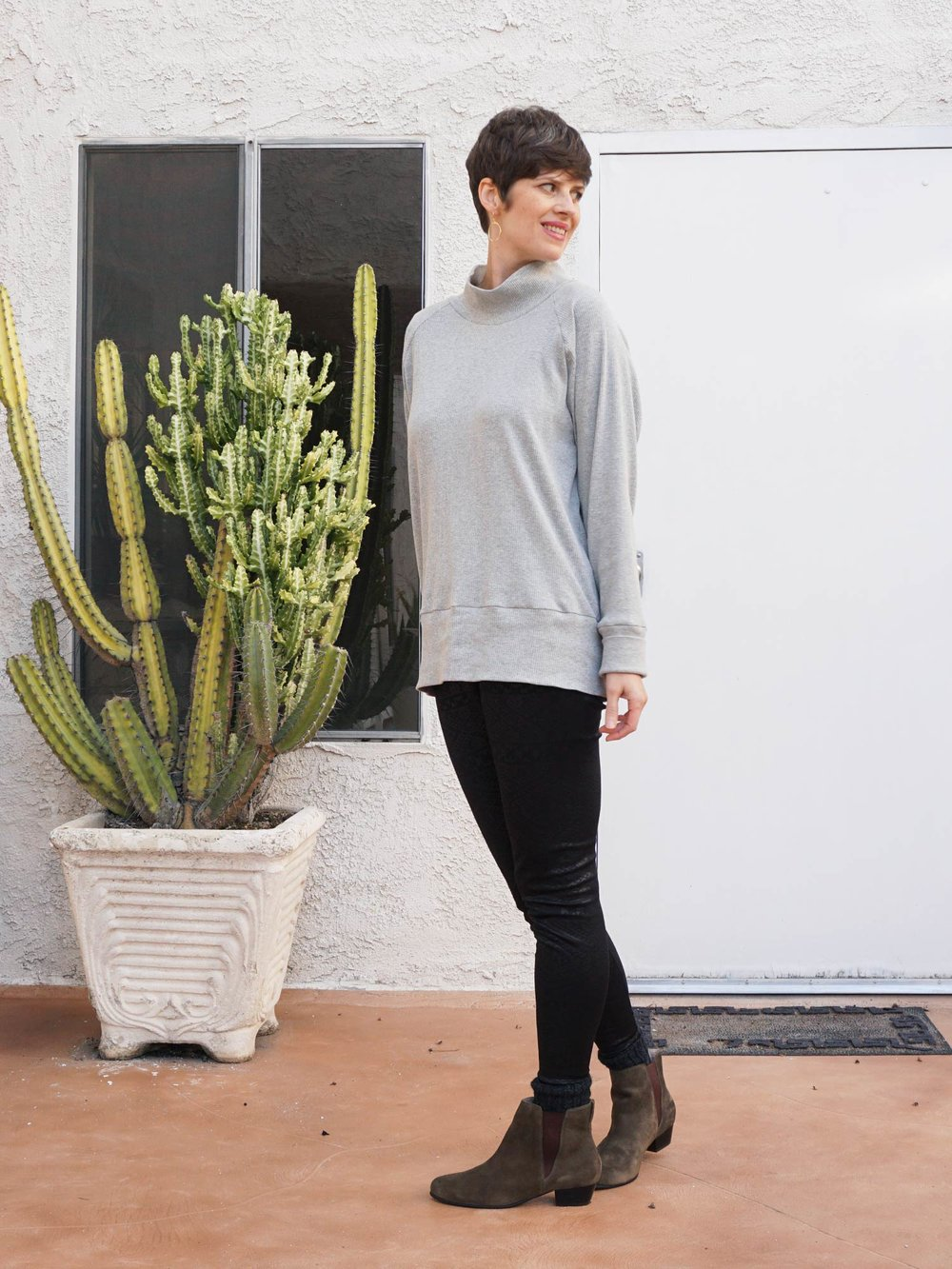 Rib Knit Turtleneck. A review of the Toaster Sweater 1 pattern by Sew House 7 | Sew DIY