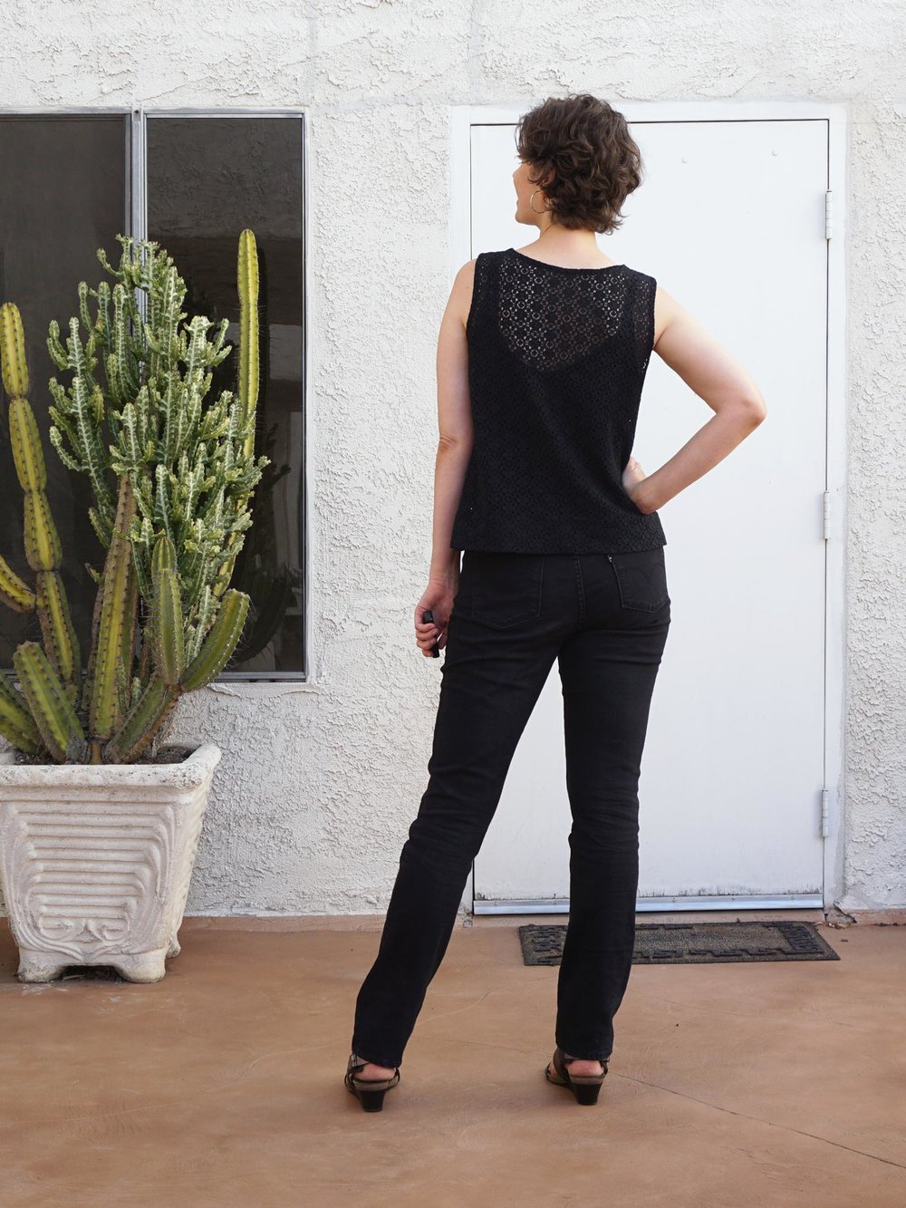 DIY Lace Top –Review of the Willow Tank by Grainline Studio | Sew DIY