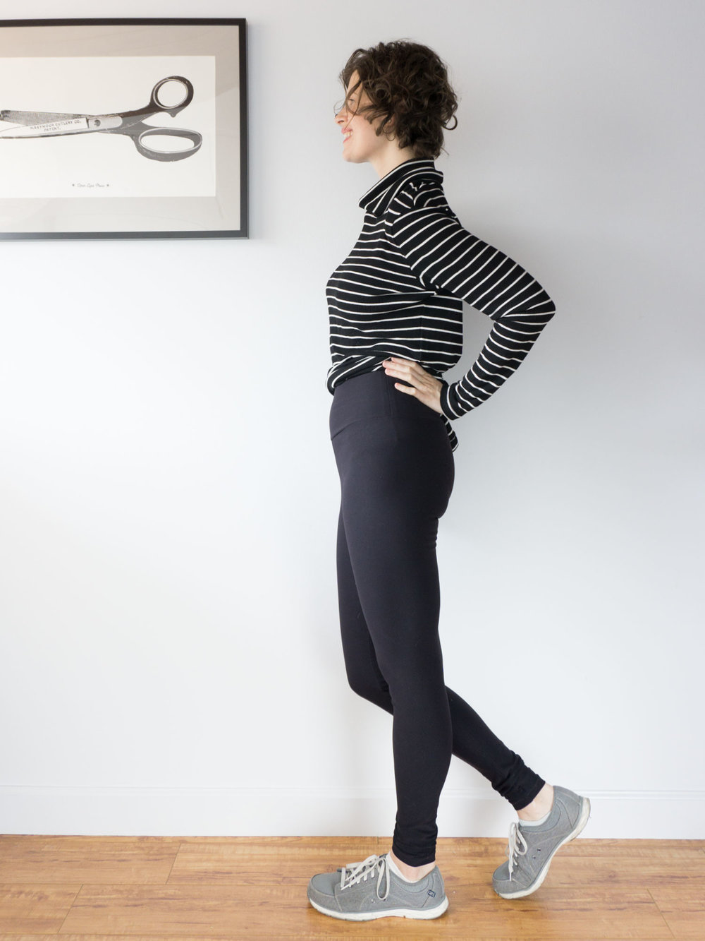 DIY Compression Leggings – Review of the Avery Leggings pattern by Helen's Closet